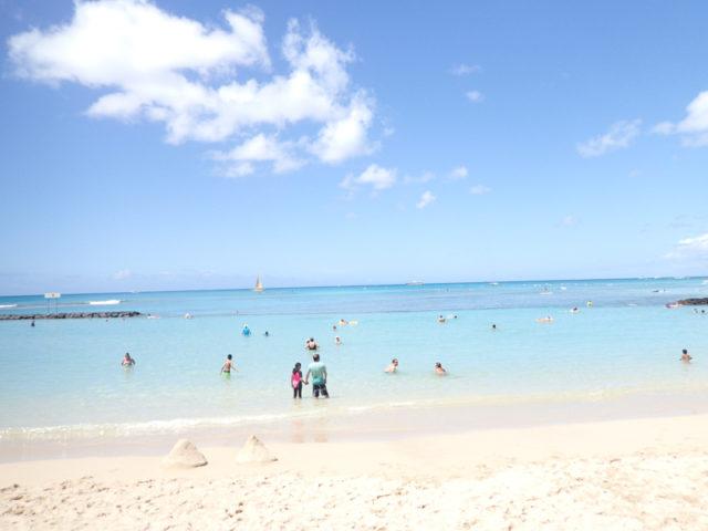 TG-03の絞り優先モードで撮ってみたら明るすぎるほどの明るいビーチ