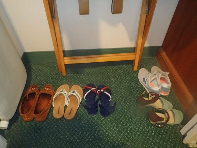 2人しか泊まってないはずのホテルに靴が増える
